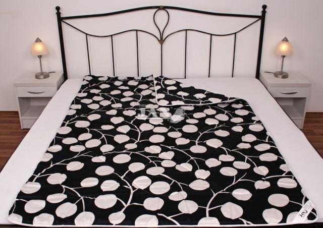 Prošívaná deka umělé duté vlákno 135x200 cm