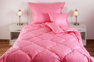Přikrývka (deka) prošívaná péřová - prachové peří - růžová