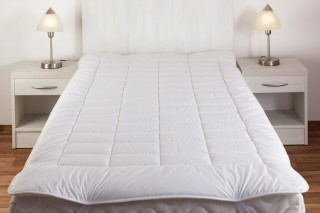 Matracový chránič umělé duté vlákno 90 x 200 cm - bílý