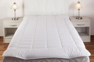 Matracový chránič - umělé duté vlákno - 160 x 200 cm - bílý