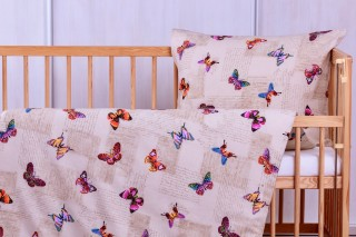 Flanelové dětské povlečení do postýlky - motýlci
